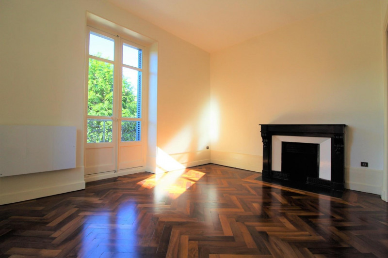 Rental apartment Voiron 510€ CC - Picture 1