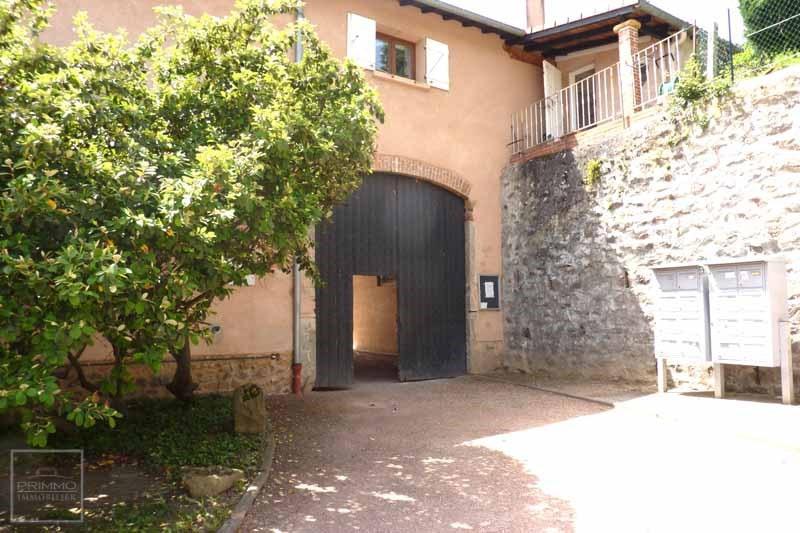 Location appartement Dommartin 364€ CC - Photo 3