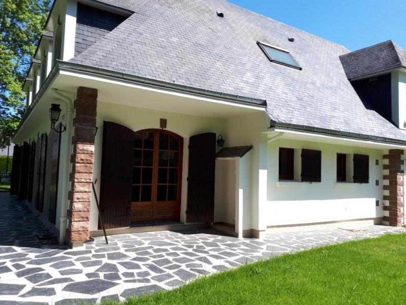 Location maison / villa Fayet 1600€ CC - Photo 2