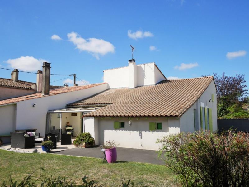 Sale house / villa Saint hilaire la palud 204000€ - Picture 2