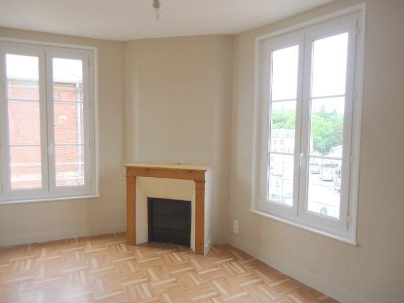 Rental apartment Livarot 430€ CC - Picture 1