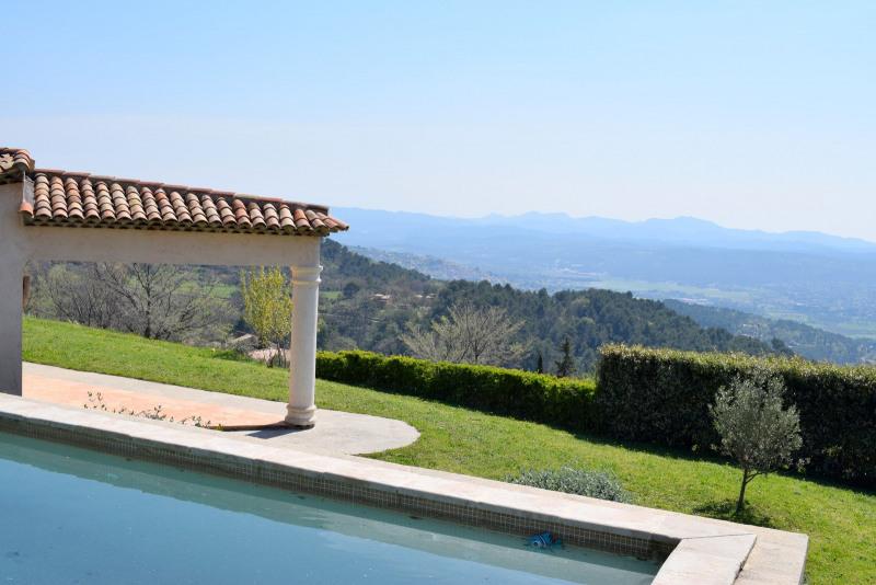 Revenda residencial de prestígio casa Seillans 580000€ - Fotografia 2