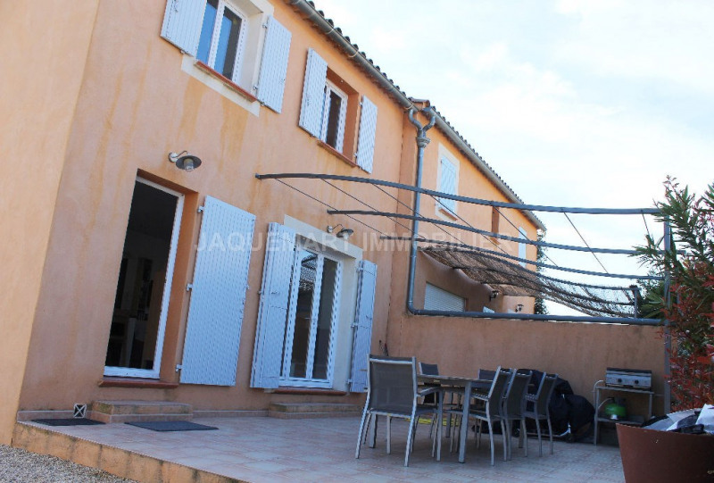 Rental house / villa Lambesc 950€ CC - Picture 1