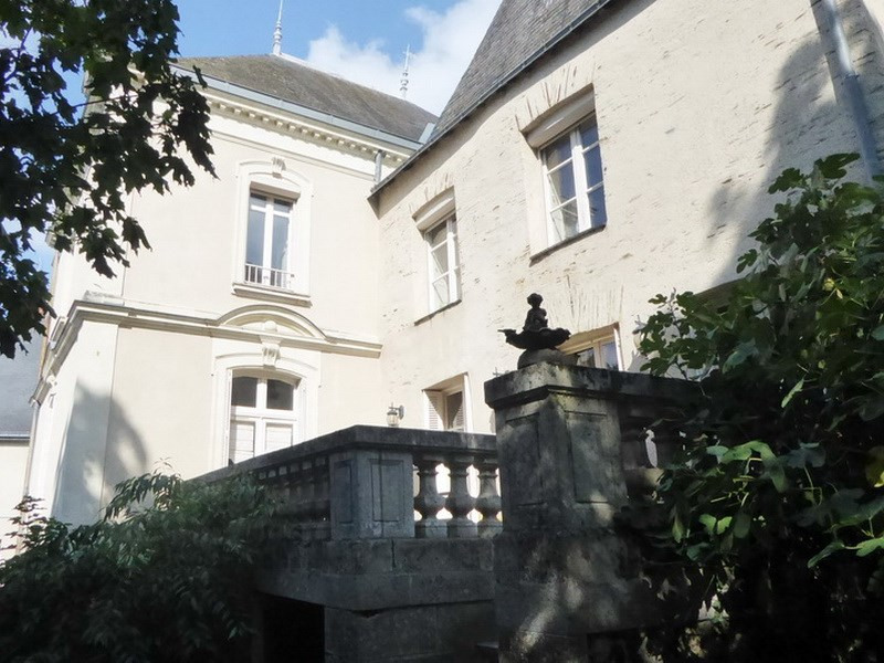 Deluxe sale house / villa Candé 505 000€ - Picture 1