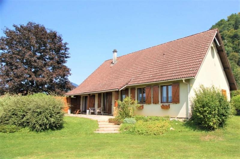 Maison de plain pied 5 pièces 110 m² dans hameau calme