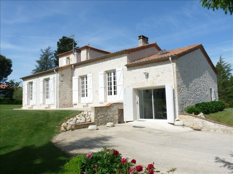 Deluxe sale house / villa Agen 383 250€ - Picture 7
