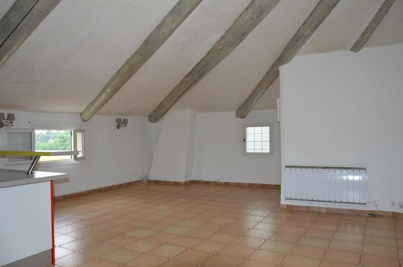 Vente appartement Venasque 149 000€ - Photo 1