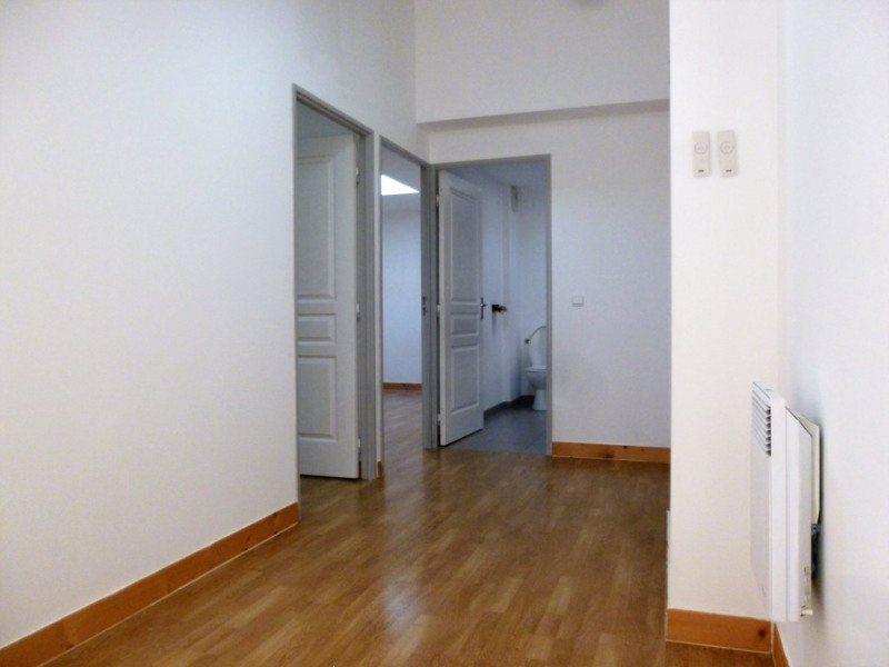 Sale apartment Nimes 244 000€ - Picture 5