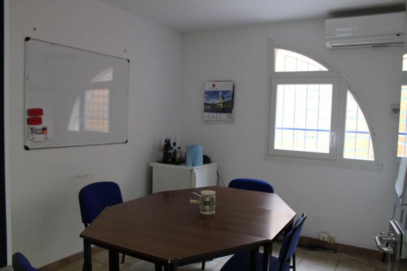 Sale empty room/storage Lambesc 997500€ - Picture 6
