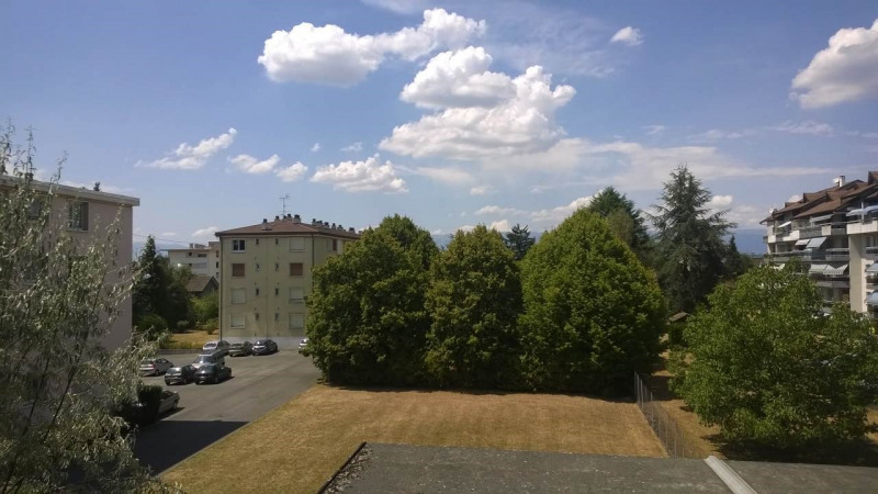 Location appartement Ville-la-grand 1167€ CC - Photo 4