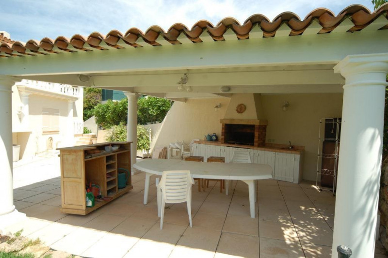 Deluxe sale house / villa Antibes 1 650 000€ - Picture 4