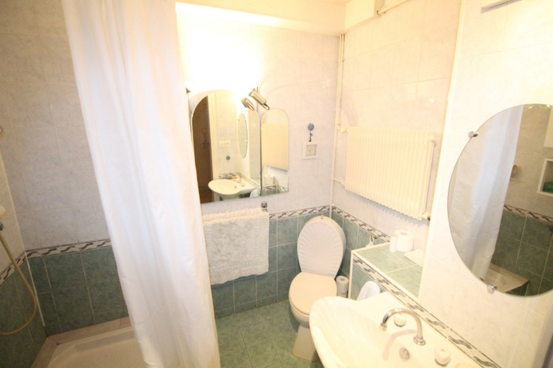 Sale apartment Fontaine 88 000€ - Picture 6