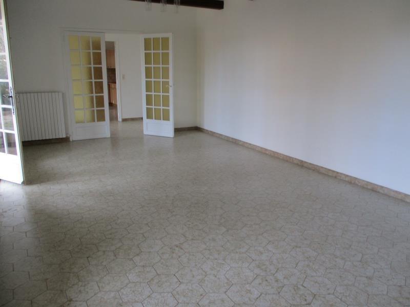 Rental house / villa Salon de provence 1170€ CC - Picture 4