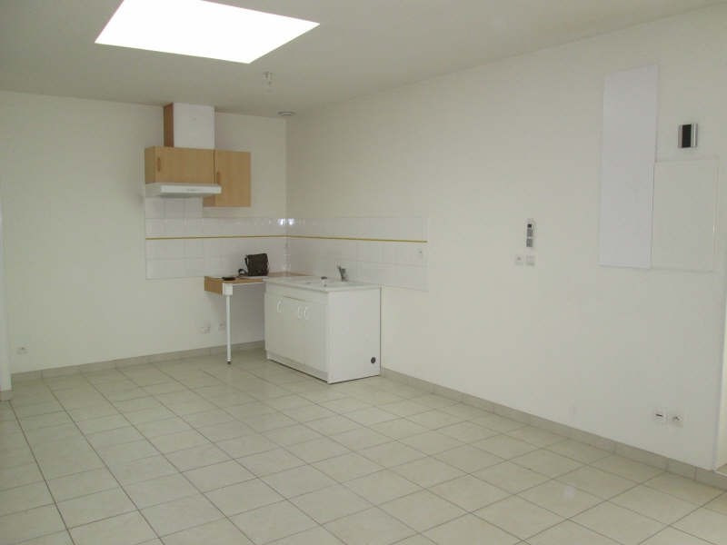 Location appartement St andre de cubzac 633€ CC - Photo 2