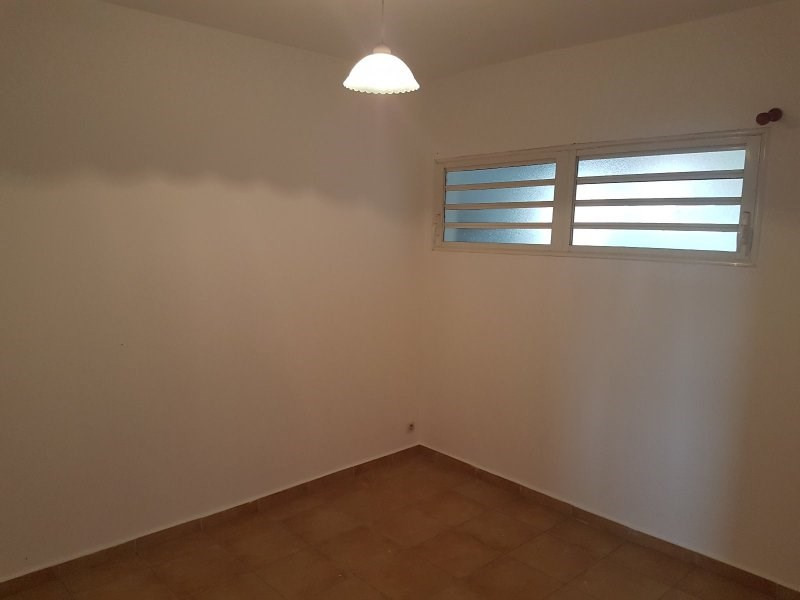 Sale apartment Le tampon 105 000€ - Picture 8