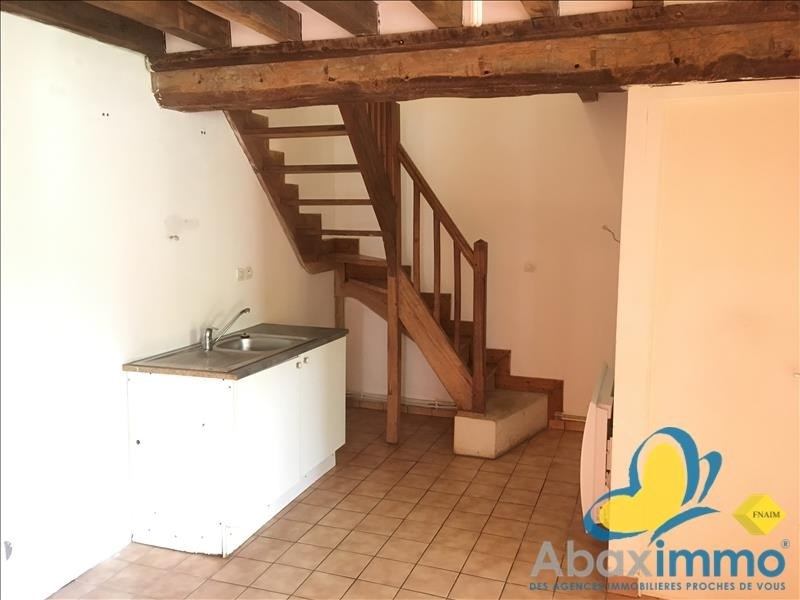 Location maison / villa Crocy 655€ CC - Photo 7