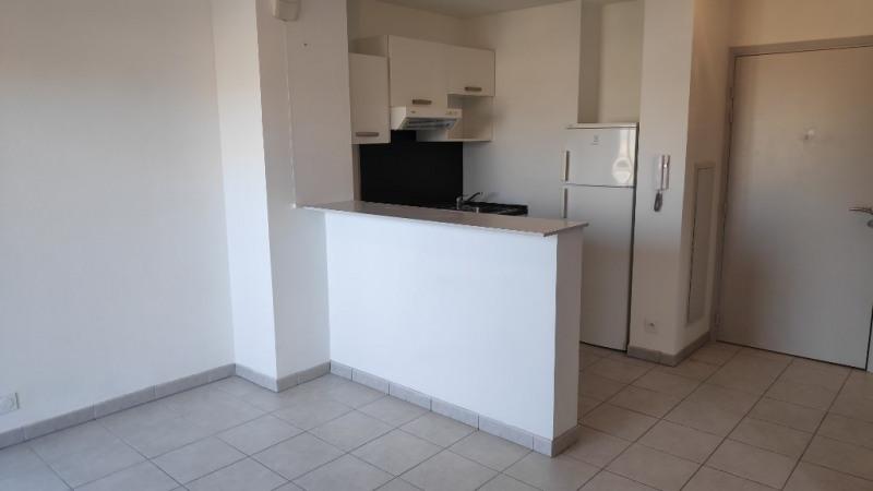 Rental apartment Nice 770€ CC - Picture 2
