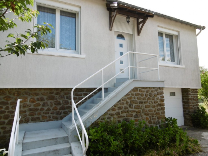 Sale house / villa Montfort le gesnois 116 600€ - Picture 1