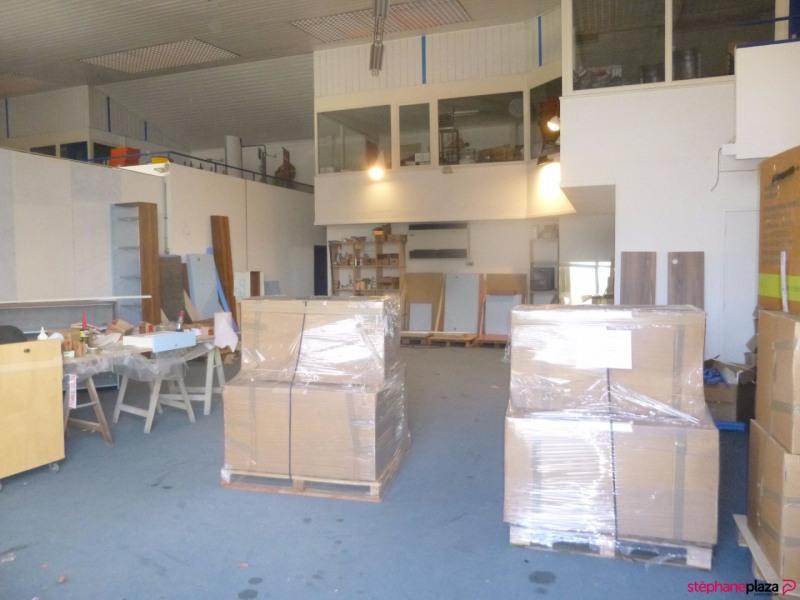 Location local commercial Loriol du comtat 2000€ HC - Photo 4