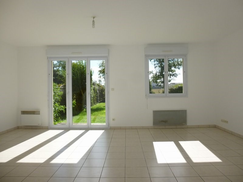 Location maison / villa Grentheville 762€ CC - Photo 6