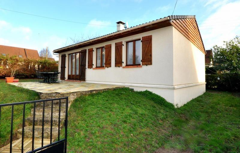 Sale house / villa St maurice montcouronne 269000€ - Picture 1