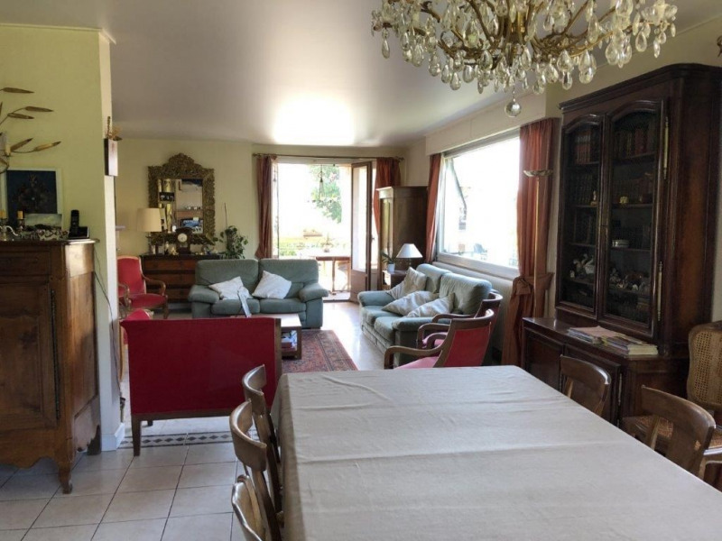 Revenda casa Voiron 485000€ - Fotografia 8