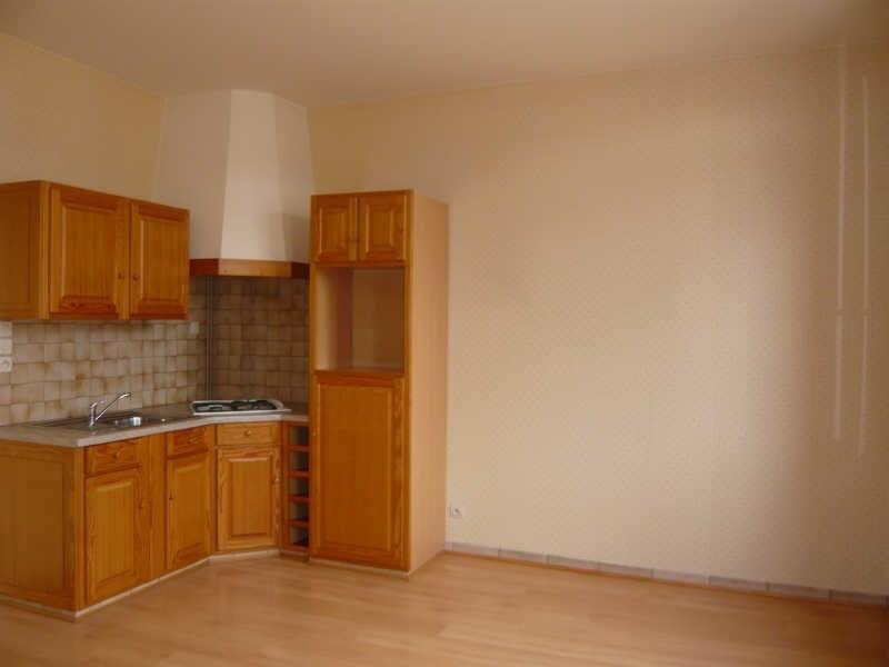 Location appartement Fauville en caux 398€ CC - Photo 1