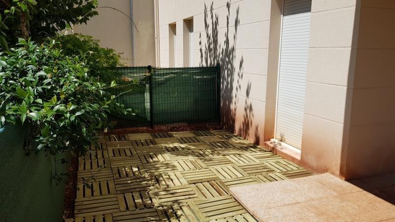 Sale apartment Le luc 120000€ - Picture 5