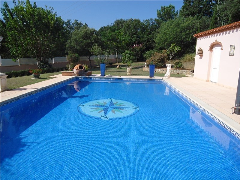Deluxe sale house / villa Reynes 720000€ - Picture 3