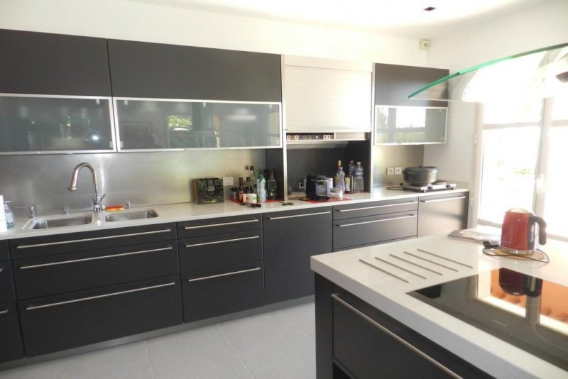 Deluxe sale house / villa Le lavandou 2756000€ - Picture 5
