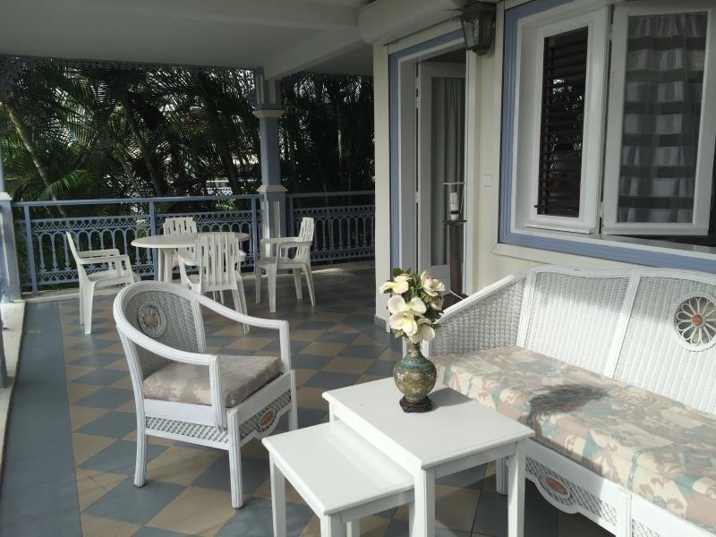 Sale apartment St francois 176000€ - Picture 1