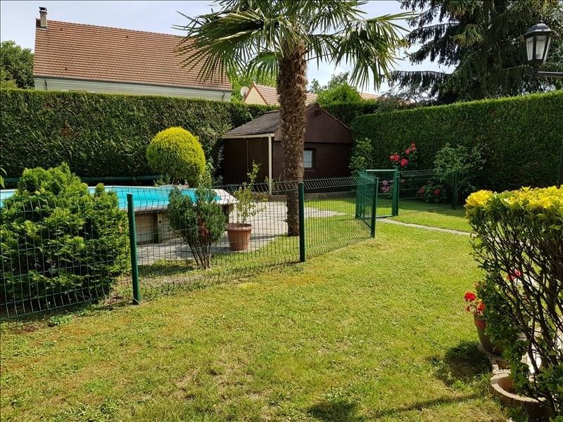 Sale house / villa La queue en brie 424900€ - Picture 10