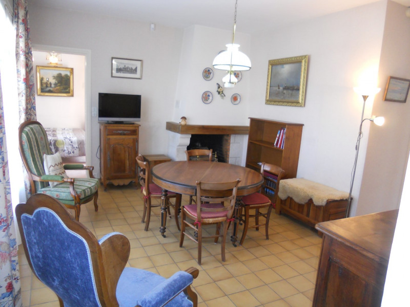 Vacation rental house / villa Royan 1 172€ - Picture 5