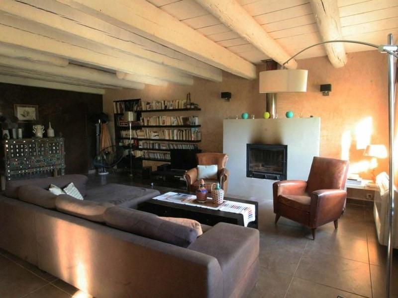 Deluxe sale house / villa Arles 850000€ - Picture 3