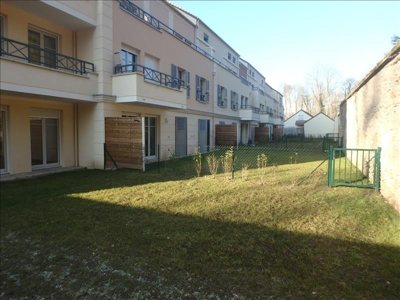 Rental apartment Buc 2 124€ CC - Picture 1