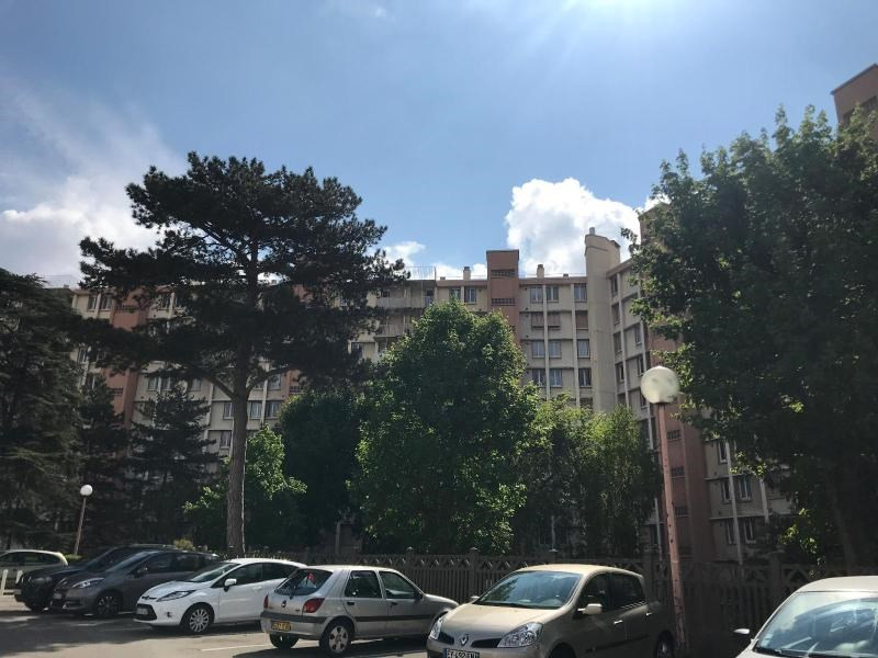 Rental apartment La mulatiere 800€ CC - Picture 2