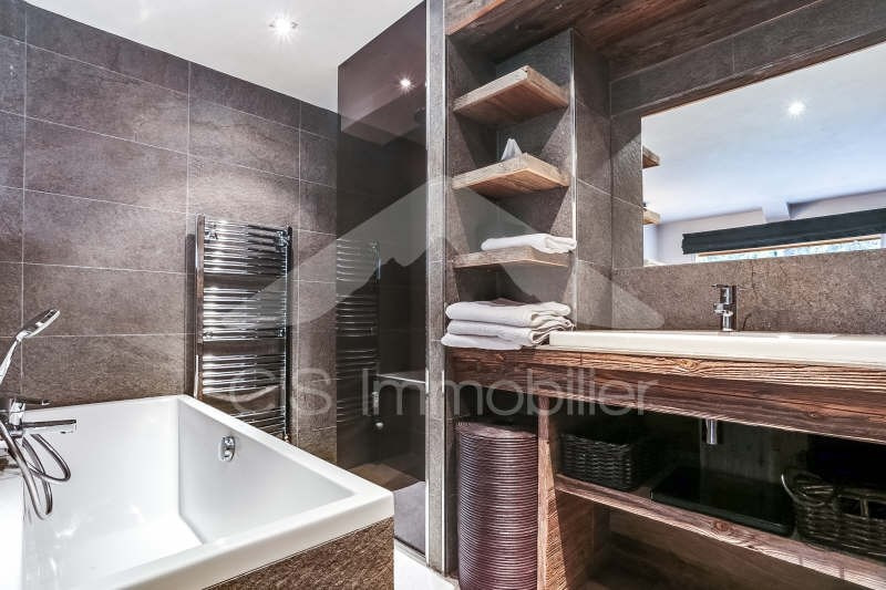 Deluxe sale apartment Meribel 1190000€ - Picture 3