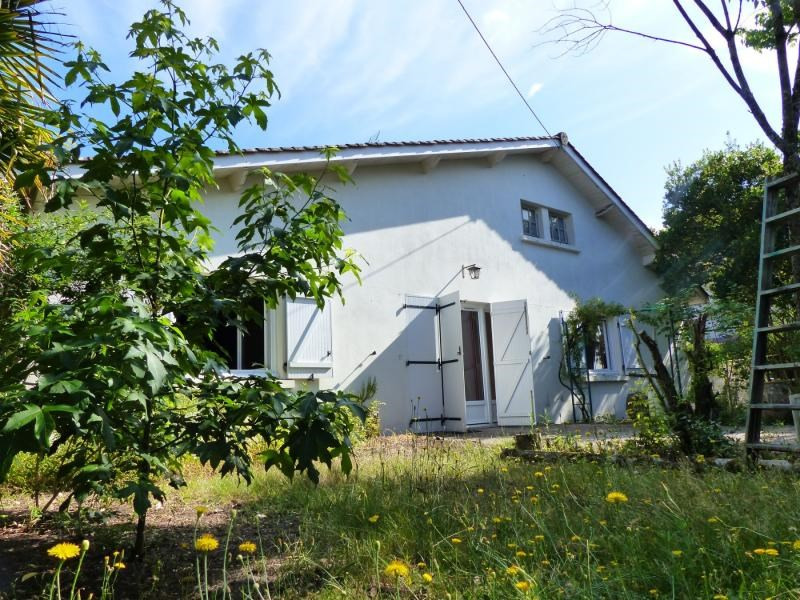 Deluxe sale house / villa Merignac 645000€ - Picture 1