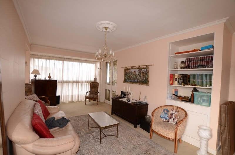 Revenda apartamento Fontenay le fleury 241500€ - Fotografia 1