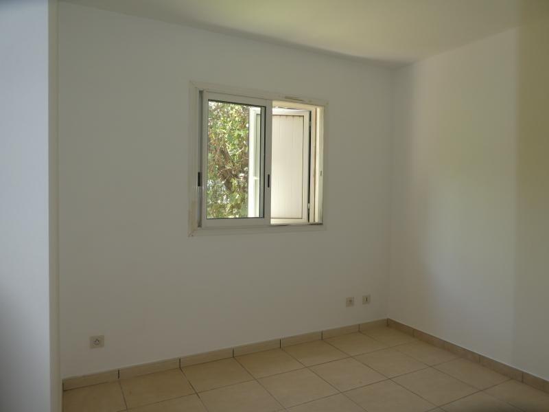 Revenda apartamento St pierre 129500€ - Fotografia 4