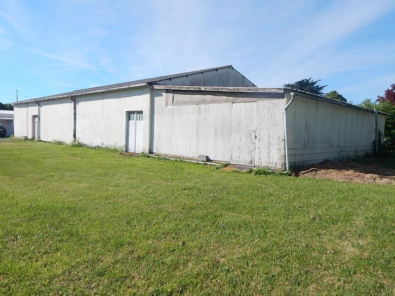 Entrepôt 330 m²