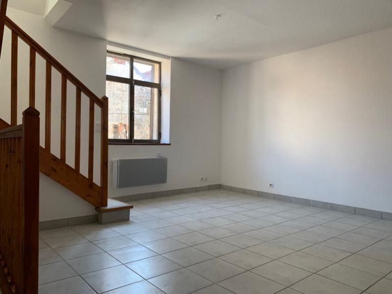Location appartement La ville du bois 850€ CC - Photo 3