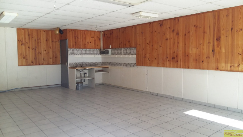 Location local commercial Garidech 563€ CC - Photo 2