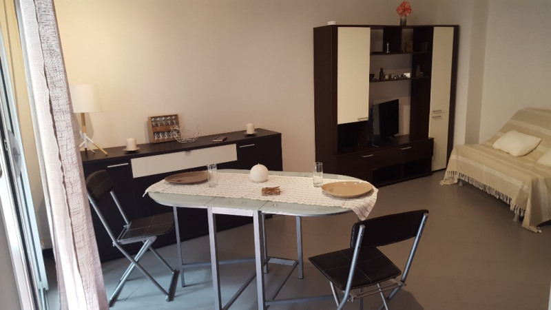 Rental apartment Cagnes sur mer 650€ CC - Picture 2