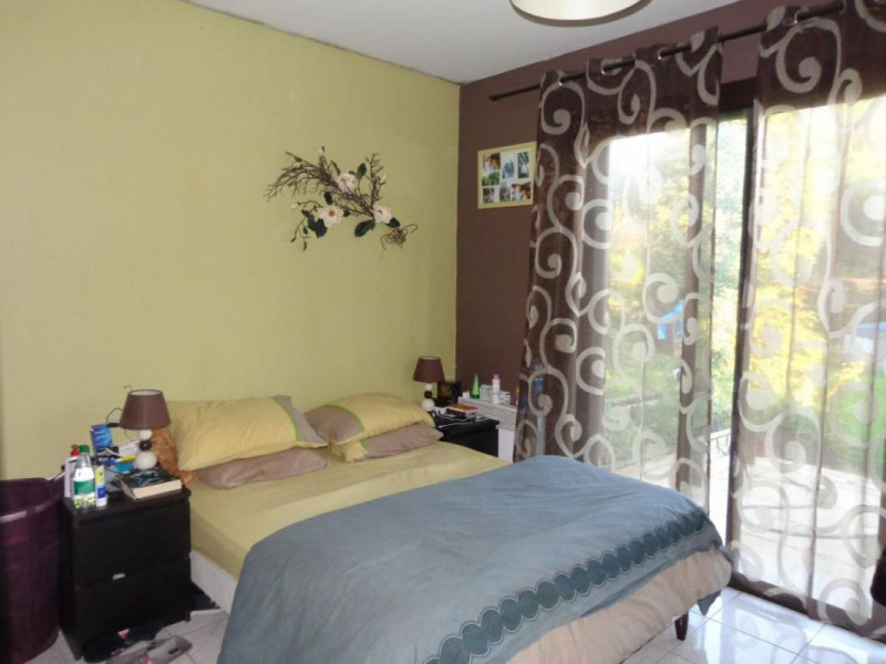 Sale house / villa Pont-l'évêque 262500€ - Picture 5