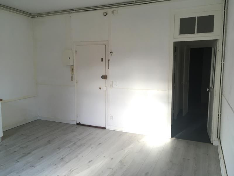 Location appartement Vendome 425€ CC - Photo 3