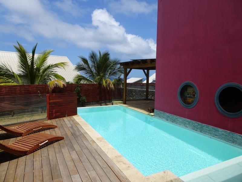 Deluxe sale house / villa St gilles les bains 650000€ - Picture 1