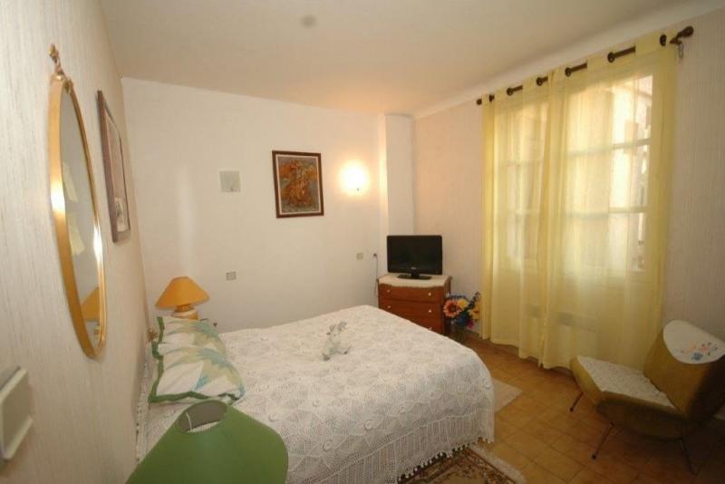 Sale apartment Ste maxime 230000€ - Picture 3