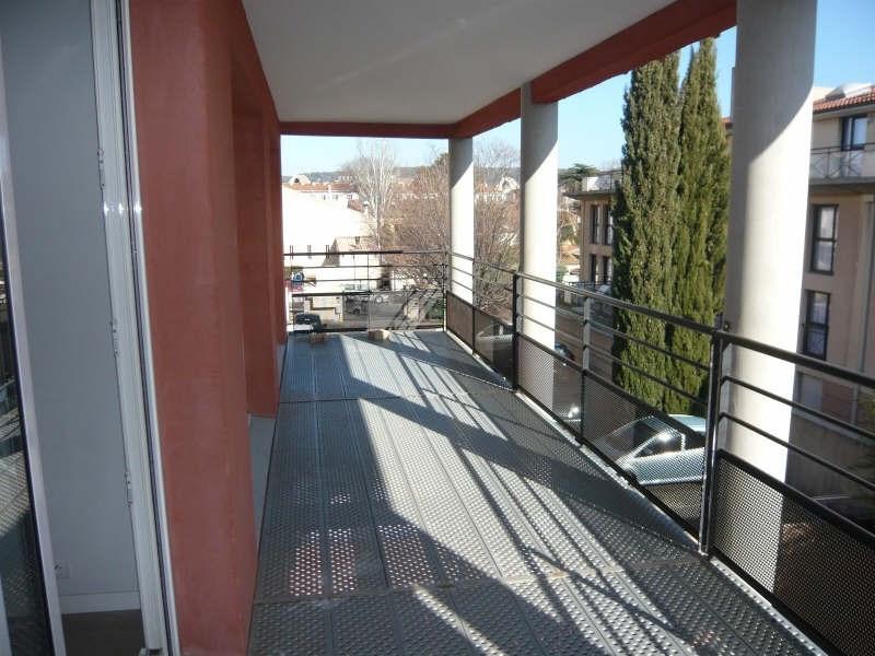 Location maison / villa Aix en provence 2277€ CC - Photo 2