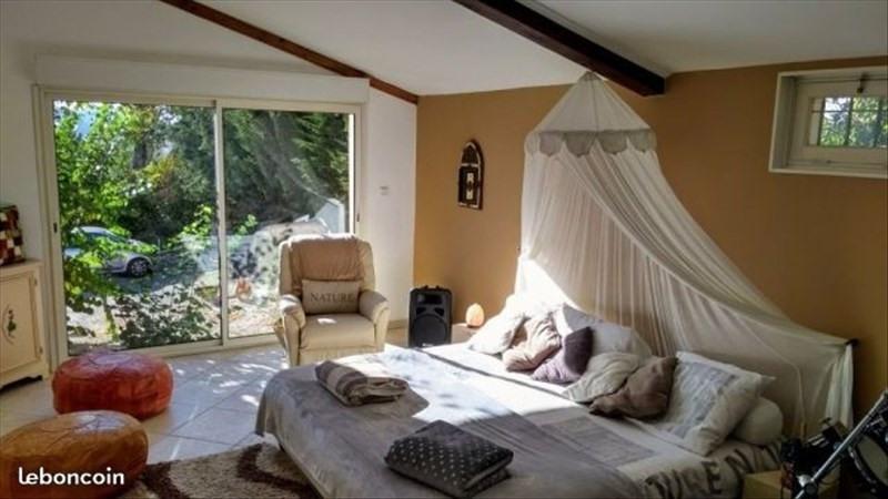 Deluxe sale house / villa Simiane collongue 590000€ - Picture 3